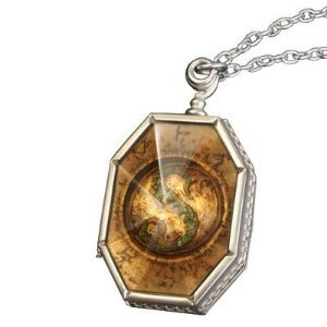 Harry Potter e as Relíquias da Morte e o Medalhão Horcrux