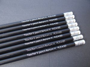 CONJUNTO MISTO DE LÁPIS:  TEACHER'S PENCIL. RETURN IT, PLEASE!