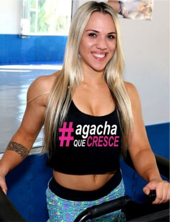 REGATA TOP CROPPED AGACHA QUE CRESCE