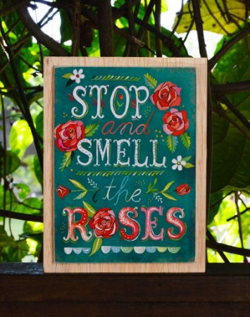 Box de Madeira Stop and Smell the Roses